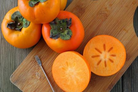 بررسی میزان کالری، ارزش غذایی و خواص خرمالو