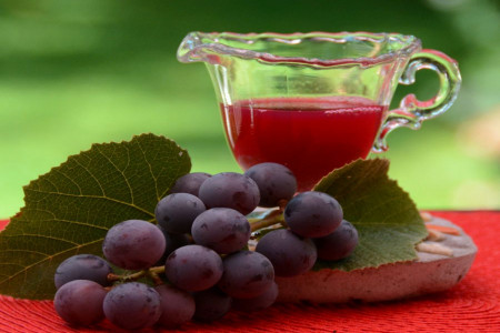 آب انگور سرشار از خاصیت + ارزش غذایی آب انگور