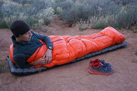 چگونه کیسه خواب مسافرتی مناسب انتخاب کنیم ؟