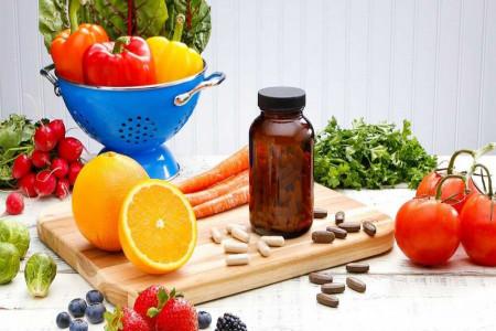 مولتی ویتامین شامل چه موادی است ؟ آیا مولتی ویتامین مفید است ؟