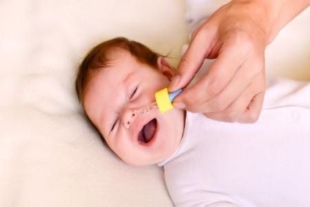 چرا بینی کودکان کیپ می شود ؟ راهکارهای طلایی برای رفع گرفتگی بینی