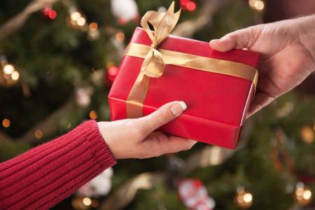 برای چه کسی چه عیدی بخریم ؟