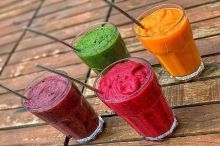 طرز تهیه 8 اسموتی خوشمزه و انرژی زا مناسب فصل بهار
