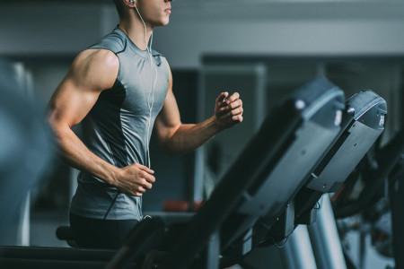 4 برنامه تمرینی فوق العاده برای لاغری با تردمیل