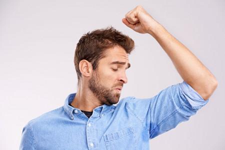 علت و درمان تعریق بیش از حد زیر بغل