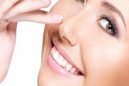 بررسی تأثیر عمل بینی بر فرم لب و لبخند