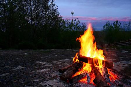 نحوه صحیح روشن کردن آتش : چگونه آتش روشن کنیم ؟