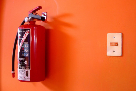 نحوه نصب صحیح و استاندارد کپسول های آتش نشانی