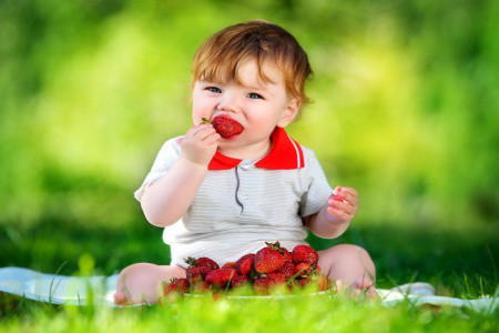 5 خاصیت حیرت انگیز توت فرنگی برای کودکان