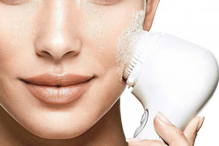 معرفی 10 نمونه از پرفروش ترین برس پاکسازی صورت (face brush)