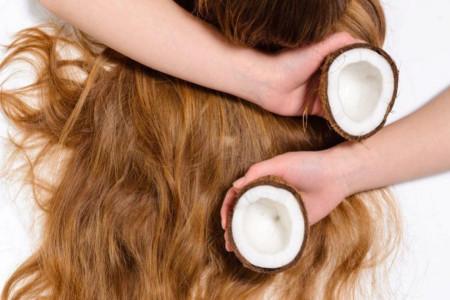 خواص جادویی روغن نارگیل برای داشتن موهایی خیره کننده