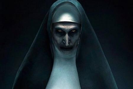 ترسناک ترین مدل های لباس زنانه برای جشن هالووین