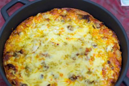 طرز تهیه املت قارچ و پنیر صبحانه ای دلچسب
