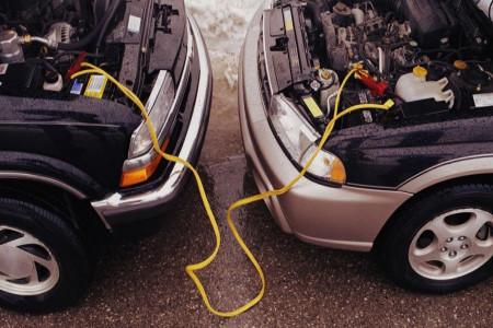 آموزش باتری به باتری کردن دو ماشین
