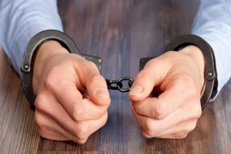 دستگیری یک مقام قوه قضاییه به دلیل گرفتن رشوه