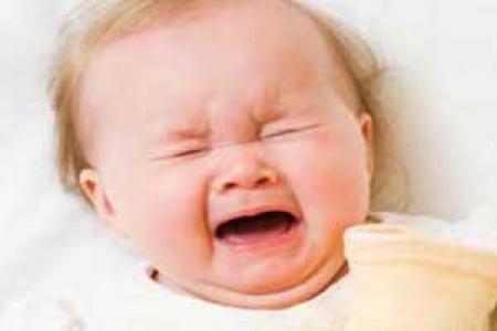 وقتی نوزادتان بی دلیل گریه می کند!!