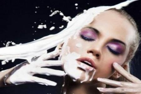 ماسک شیر معجزه گر برای پوست صورت