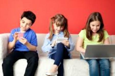 کودکان را در استفاده از تلویزیون وبازیهای کامپیوتری محدود کنید