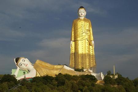 با بزرگترین و جذابترین مجسمه های جهان آشنا شوید