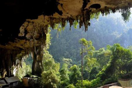 10 غار زیبا و تماشایی در مالزی