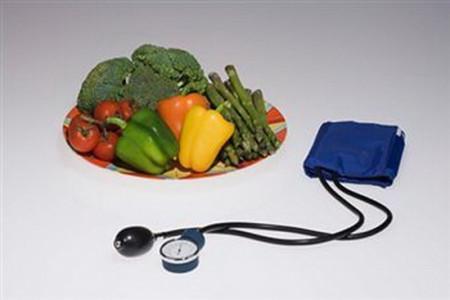 تغذیه و فشار خون پایین،بهترین تغذیه برای فشار خون پایین چیست؟