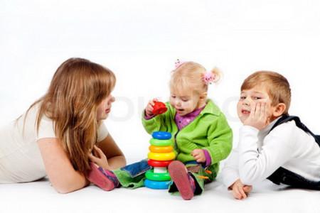 آموزش بازیهای مفید با کودک،بهترین بازی های والدین با کودک چیست؟