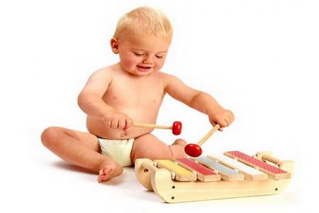 افزایش هوش نوزاد،چگونه کودک خود را در آینده موسیقیدان کنیم؟