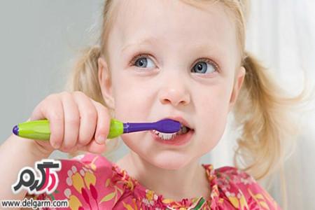 از بین بردن لکه های سیاه روی دندان کودکان بر اثر قطره آهن