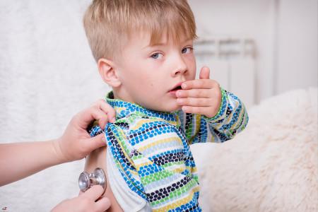 علت و درمان خانگی بیماری خروسک در کودکان
