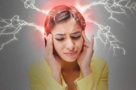 سردرد نخاعی چیست و چه نشانه هایی دارد؟