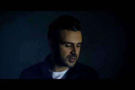 دانلود و متن آهنگ شب یلدا از علی مولایی (آخ تو شب یلدای منی)