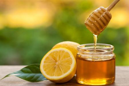 ۱۵ خاصیت باورنکردنی عسل و لیمو