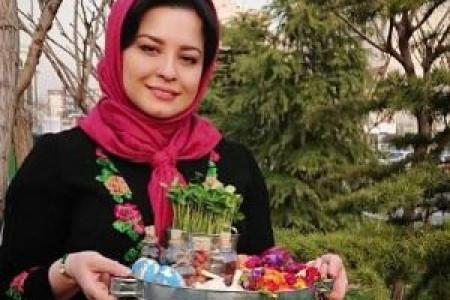 تبریک گفتن گلاره عباسی به مهراوه شریفی نیا به مناسبت تود