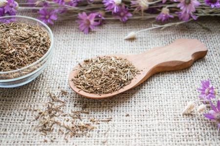 ریشه سنبل الطیب : خواص اعجاب انگیز ریشه سنبل الطیب یا والرین
