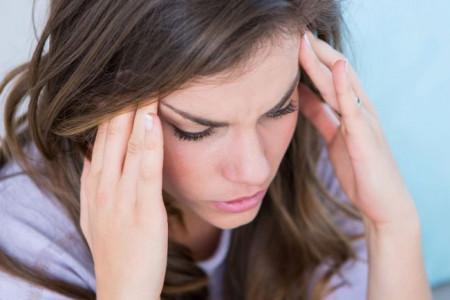 ۸ نوع سردرد و راهکارهایی برای درمان هر کدام از انواع سر درد