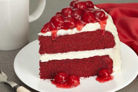 طرز تهیه کیک ردولوت (مخمل قرمز) مرحله به مرحله