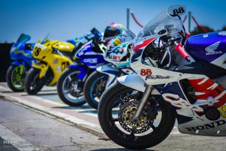 تصاویر دومین راند از مسابقات سرعت موتورسواری قهرمانی کشور