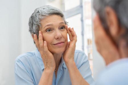 علت و علائم پتوز چشم چیست؟