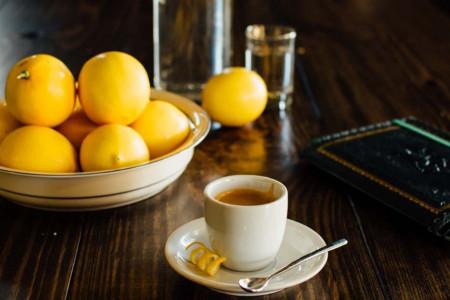 آشنایی با خواص قهوه و لیمو ترش برای بدن