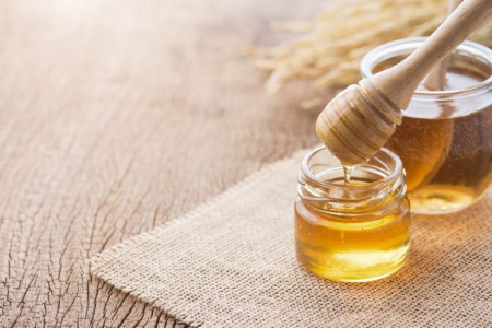 عسل و دیابت : فواید و مضرات مصرف عسل برای افراد دیابتی