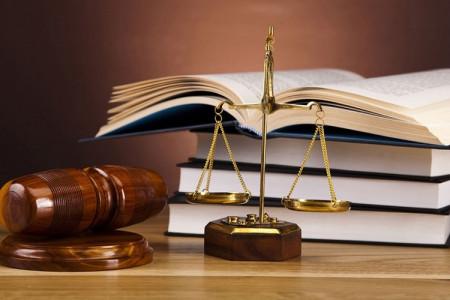 نحوه انتخاب وکیل دادگستری خوب به دادگاه