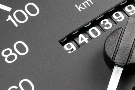۵ قدم طلایی برای تشخیص کم کردن کیلومتر خودرو