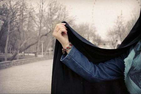 اهمیت و فواید تاثیرگذار حجاب با رنگ مشکی برای بانوان