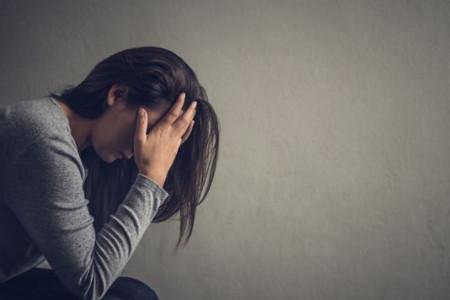 راهکارهای اصولی برای درمان احساس تنفر از خود
