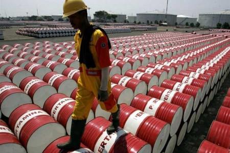 نفت آمریکا صفر دلار شد