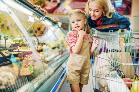 چگونه خرید رفتن را برای کودکان لذت بخش کنیم؟