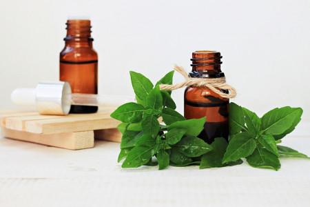 طرز تهیه ضد عرق طبیعی و گیاهی در منزل