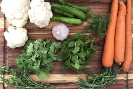 معرفی انواع سبزی مخصوص ترشی با عطر و طعم دلپذیر