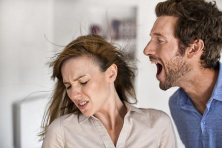 نحوه برخورد با شوهر غیرتی و بد گمان