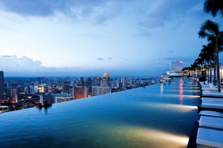 مرتفع ترین استخر جهان/ با بلندترین استخر جهان در سنگاپور بیشتر آشنا شوید.